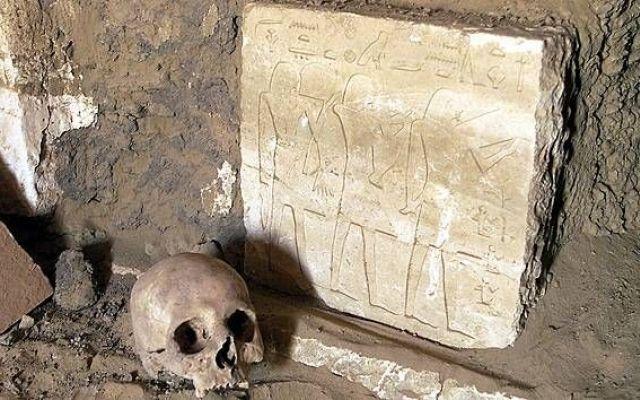 Archeologia - Resti romani colpiti da una grande epidemia ritrovati in Egitto #egitto #epidemia #finedelmondo #luxor