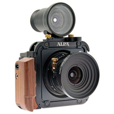ALPA 12 TC camera operates as a 6×9 roll-film or 60 MP digital camera