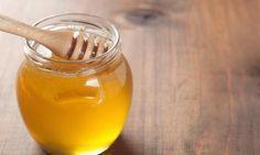 Bevor du deinen Mückenstich aufkratzt oder eine teure Salbe kaufst, lies diese 16 genialen Tricks zum selber machen!
