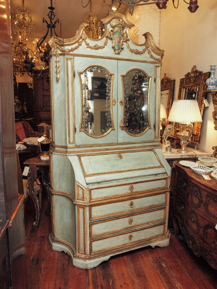 Nice 18th C Paint And Parcel Gilt Mirrored Door Secretary Bookcase