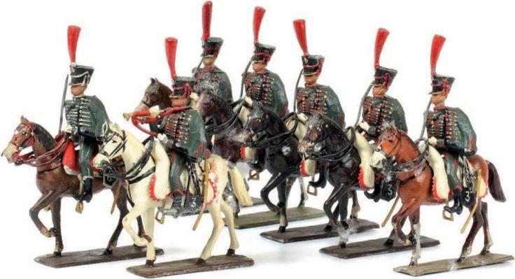 1er Empire. France. Le 3ème régiment de #hussards. 1 off. 1 trompette, 5 #soldats (7 fig.) (T.B.E.). Vers 1900-1920. Rare et belle série. Vente aux #encheres du 20/12/13 par Tessier & Sarrou.