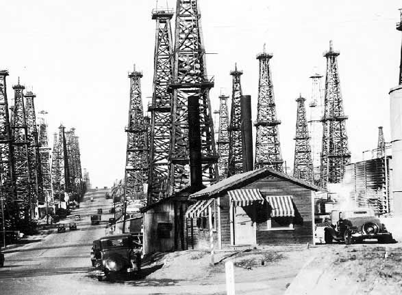 Signal Hill Ca 1930 Oil Is Found In Signal Hill And