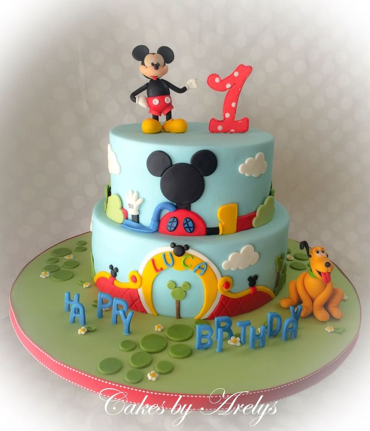 - Mickey clubhouse cake with Mickey and Pluto. This was made for the cutest little boy who loves Mickey and Pluto, and the mom asked to make sure to include Pluto somwhere. Cake is Vanilla bean filled with dulce de leche caramel and covered in fondant. All decorations are handmade using fondant. I have to say special thanks to Kidacity and Torte in Pasta di Zucchero Sugar Factory for their wonderful Mickey tutorials, and to Le torte di Ale e Vale for a great tutorial on pluto via ...