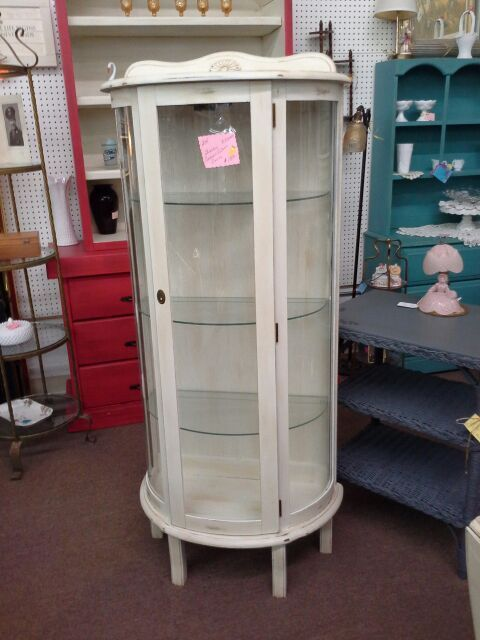 1000 Ideas About Painted Curio Cabinets On Pinterest