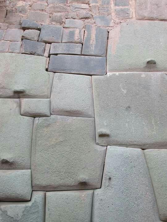 Wall in Peru started by ancient civilization then fixed by Incan. Quality of work is much worse. And then later finished by Spaniards which doesn't even compare to the megalithic builders.