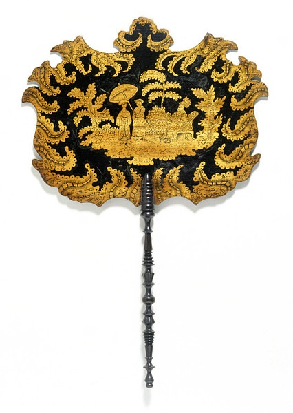 Fan Of Wood, Decorated With Penwork c. 1800-1825 http://www.pinterest.com/bobbyloulou/fans-umbrellas-parasols-bags/