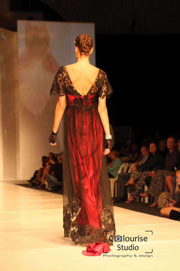 Wine red silk satin, black tulle and guipure lace evening gown.