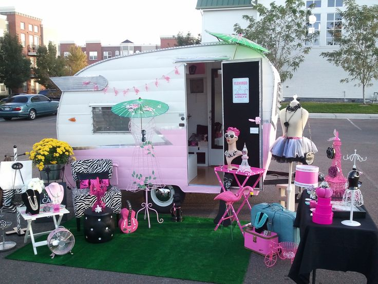 This is a mobile jewelry boutique called TinCan Couture located in Denver, CO. We do parties, events & photo shoots.