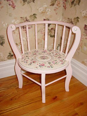 cute: Decor Ideas, Thrifty Decor, Christy Thrifty, Rustic Decor, Shabby Chic Kitchens, Shabby Chic Decorating, Home Kitchens, Shabby Chic Bedrooms, Corner Chairs