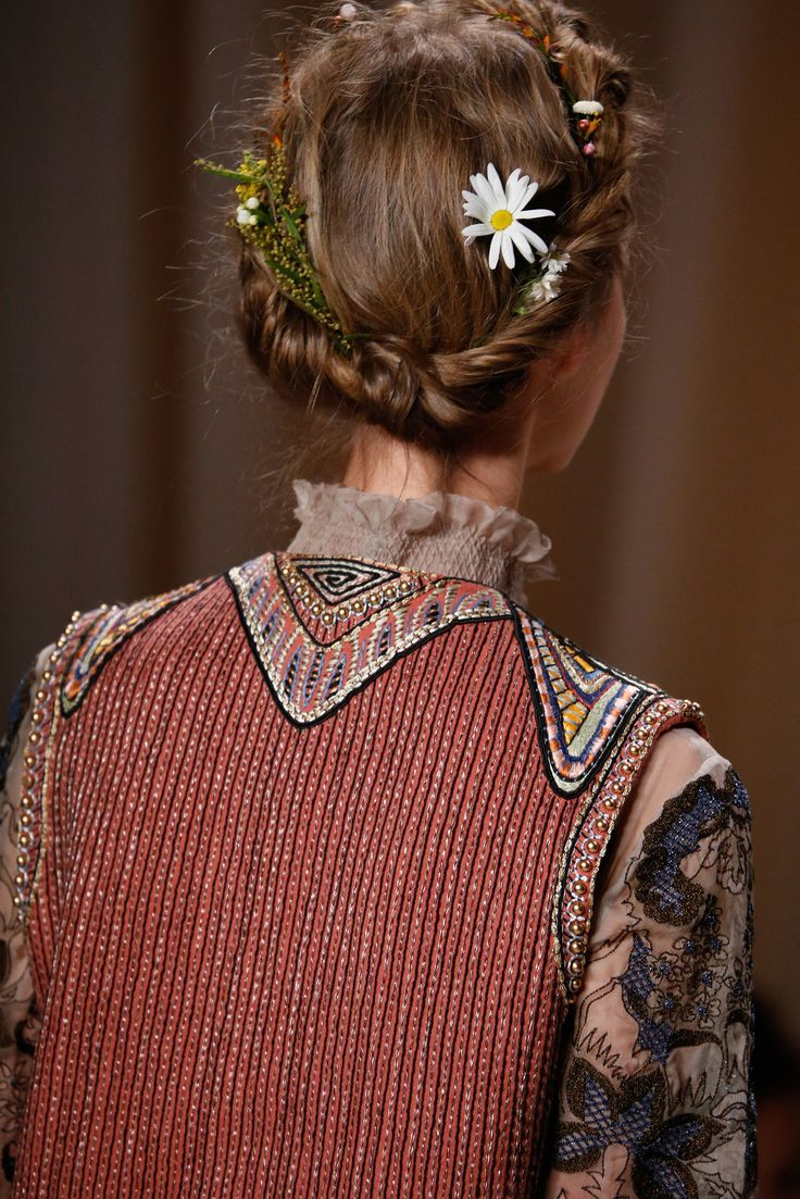 Valentino Spring Couture - Details - Gallery - http://Style.com