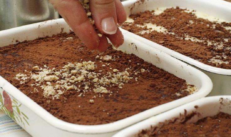 Budinca culapte este un desert englez unic. În sine, budinca este o gustare de origine europeană, care se prepară din legume, carne sau orez,fiind deseori felul principal, nicidecum un desert. Conform tradiției,în Marea Britanie budinca se prepară la sărbătorile de Crăciun, dardeseori se întâlnește la mesele de zi cu zi. Vă prezentăm o rețetă de …