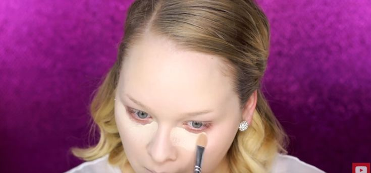 Ha, forward to 3:19...nutty! But I enjoyed watching :) UsingBrushtoApplyConcealer | You'll Never Apply Under Eye Concealer the Same Way Again!