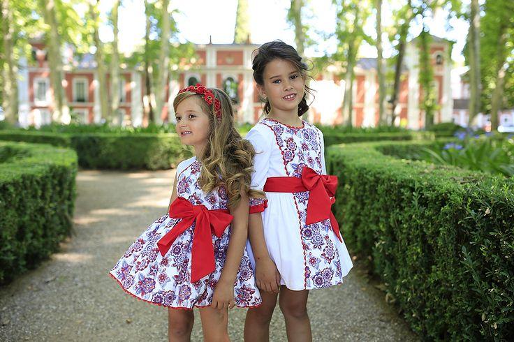 Buenos días! Para despedir la semana os dejamos estos preciosos vestidos!  Good morning! To say goodbye this week, we leave beautiful dresses!  #nekenia #kids #2016summer #hechoenespaña #marcaespaña