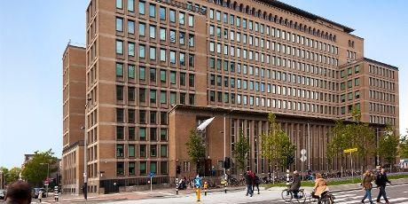 Het monumentale Kohnstammhuis uit 1958 is volledig gerestaureerd. Het is in 2011 in gebruik genomen door Domein Onderwijs en Opvoeding en Dienst Studentenzaken.