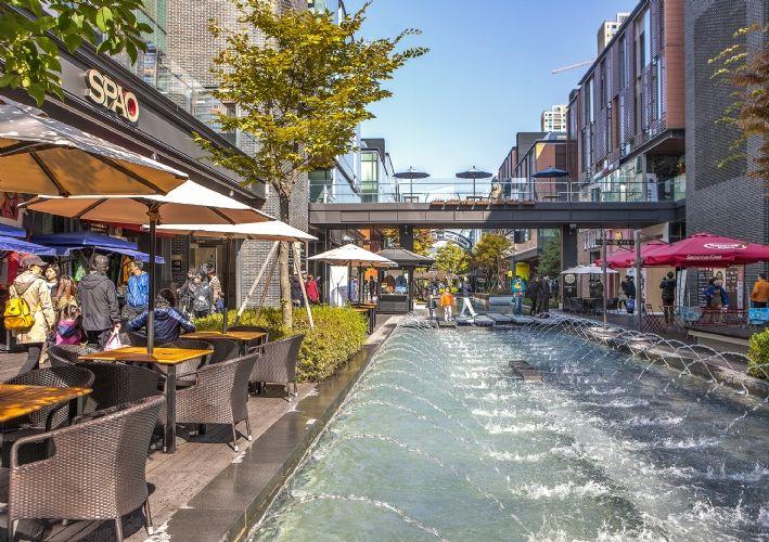 Kohn Pedersen Fox Associates: Projects: Songdo Canal Walk