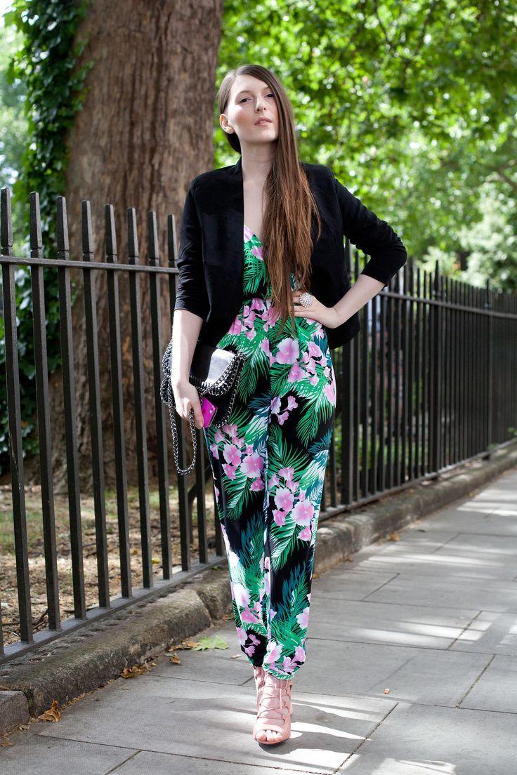 Znalezione obrazy dla zapytania tropical dress street style
