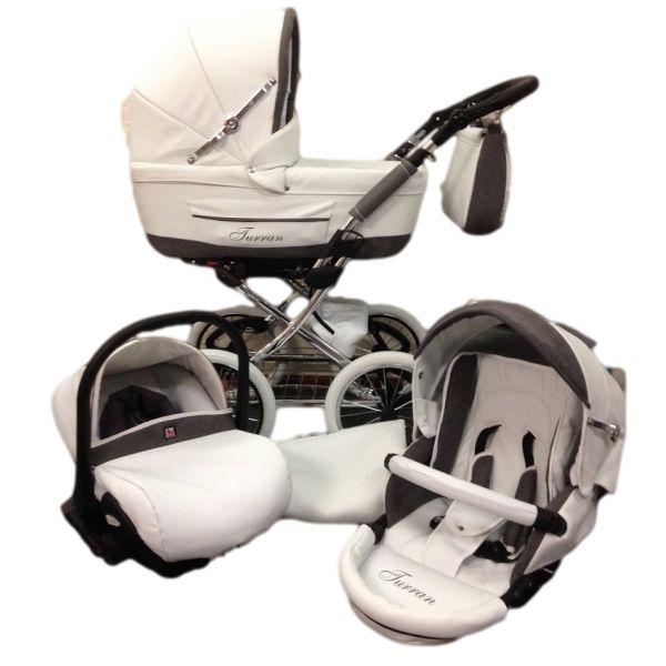 Deze klassieke kinderwagen in de kleuren wit leer met grijs afwerking is speciaal voor MamaLoes Babysjop gemaakt.