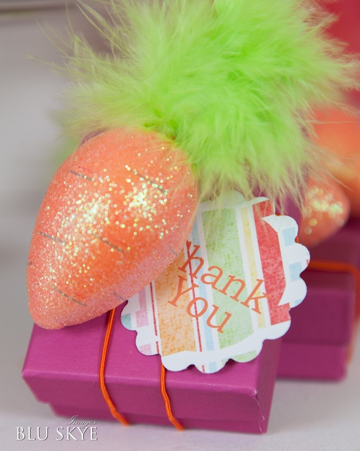 256 best treat boxesbags easter images on pinterest easter easter party favor love that sparkly carrot negle Images
