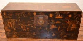 Lacquer #Trunk #antique #Asian #decor #luxury  http://fareasternantiques.com/product/lacquer-trunk
