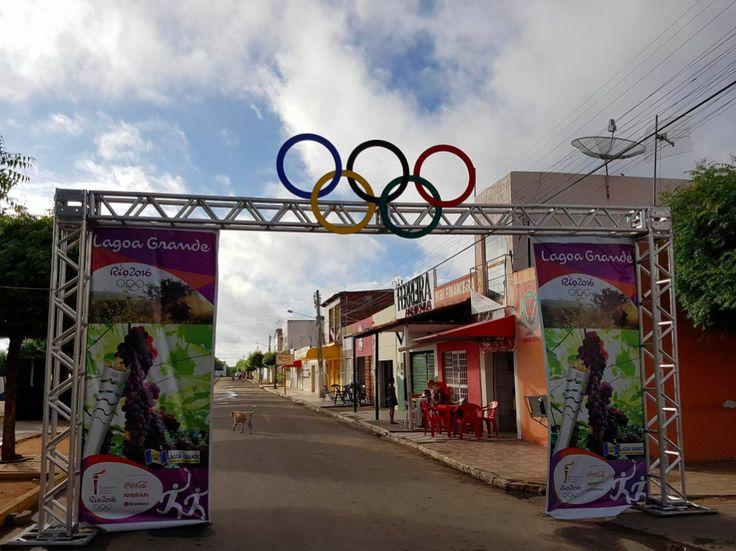 Revezamento da Tocha Olímpica - Rota Rio 2016 e Condutores da Tocha. Lagoa Grande - Pernambuco. 27/05/2016.