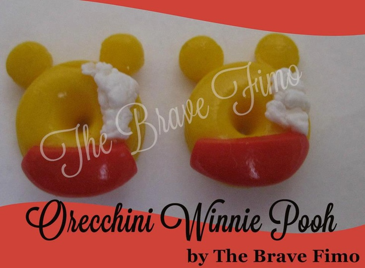 orecchini a bottoncino in fimo di winnie pooh realizzati totalmente a mano senza l'utilizzo di stampi e lucidati con apposita vernice ... solo 5 euro