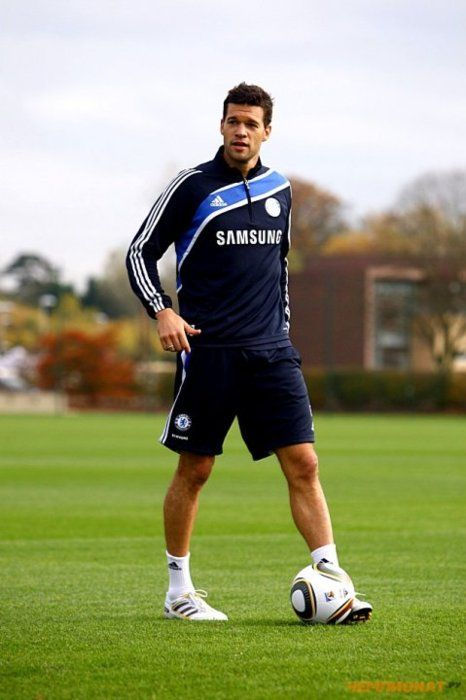 Michael Ballack <3 -- wish he was still with Chelsea FC!