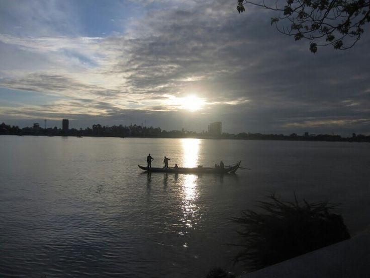Fishermen and Mekhong River...Phnom Pehn, Cambodia