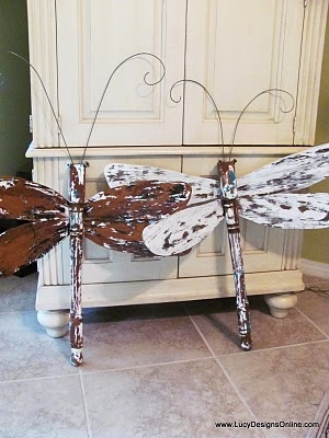 Table Leg Dragonflies..wings made of corrugated metal, ceiling fan blades, tooo cute!!