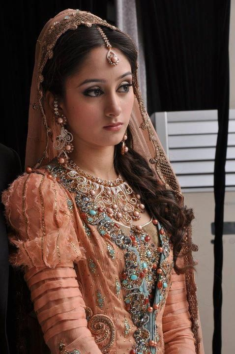 The cutest vintage-inspired bride with exquisitely detailed lehnga.