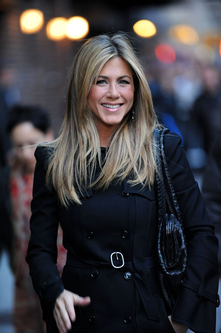 """Jennifer Aniston- SOOO I was watching Friends the other night and decided to try a """"center part"""" in my hair the next day.. yeah didn't work ha"""