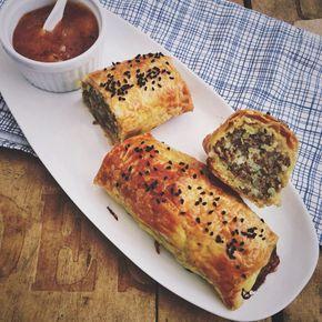 Indiase saucijzenbroodjes
