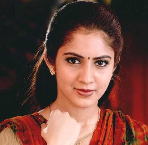 view pictures of South indian tamil actress Vijayalakshmi.