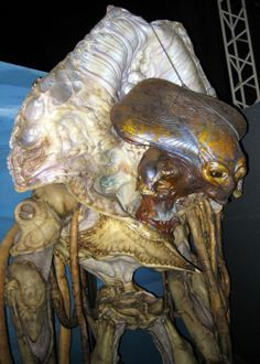 Independence Day - alien and exoskeleton