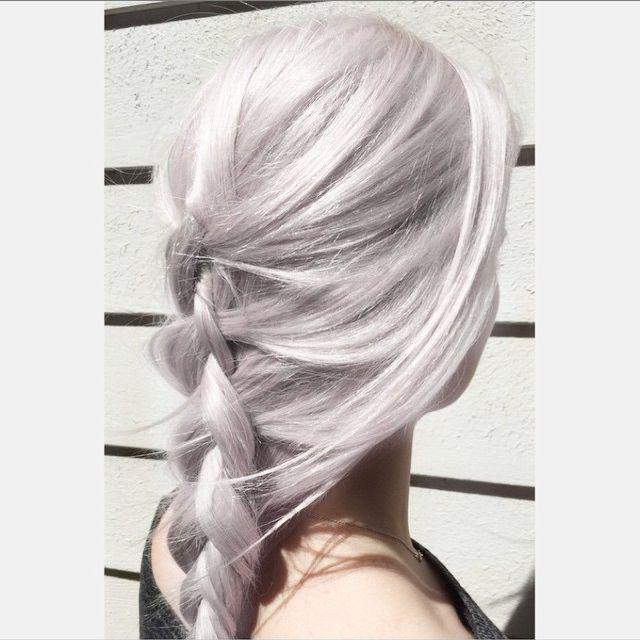 20 ispirazioni da Instagram se vuoi farti i capelli grigi -cosmopolitan.it