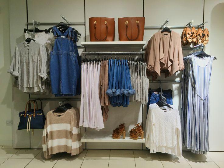 Castaway - visual merchandising
