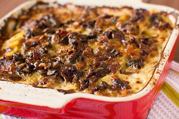 Bacon and Mushroom Potato Gratin with Gruyere http://www.browneyedbaker.com/2012/11/06/bacon-and-mushroom-potato-gratin/#  <-- recipe
