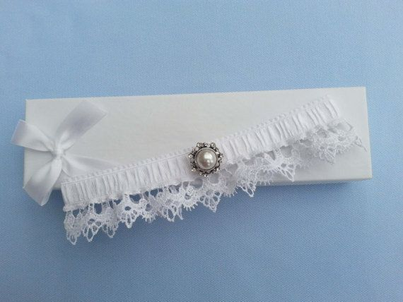 White wedding garter bridal garter venise lace by BeuBeuDesign