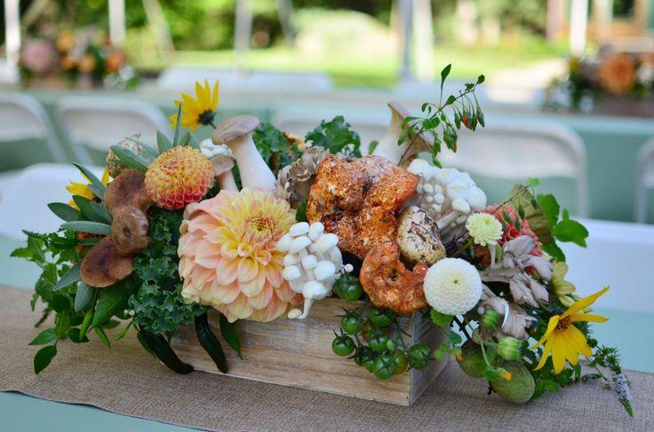 Photo: Koko Floral Design  #キノコ #秋 #結婚式 #ウェディング #テーブル装花