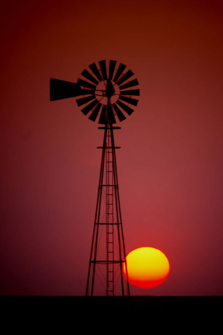 Kansas morris county dwight - Windmill On 102 Road In Ford County Kansas