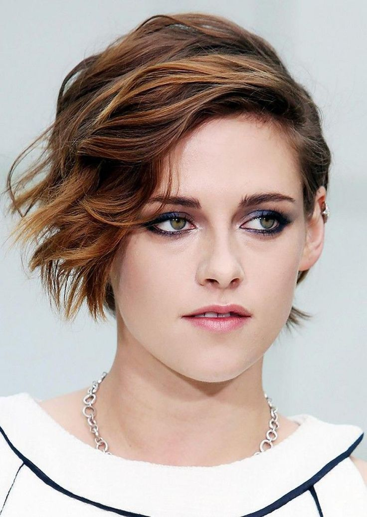 Kristen Stewart, Hair, hairstyle, relooking, blond, coiffure, Pinterest, sexy, beautiful, young, brown, Twilight, Bella, vampire, Robert Pattinson, rebelle, coupe, courte