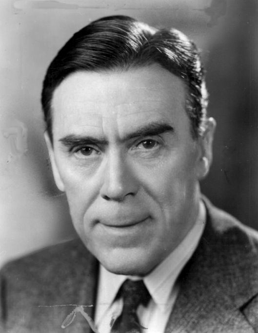 Leo G. Carroll ( He was best known for his roles in several Hitchcock films, and in three television series, Topper, Going My Way, and The Man from U.N.C.L.E.