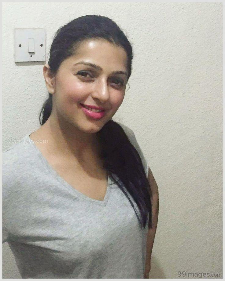 Android Wallpaper – Bhumika Chawla Beautiful HD Photoshoot Stills & Mobile Wallpapers HD (1080p)