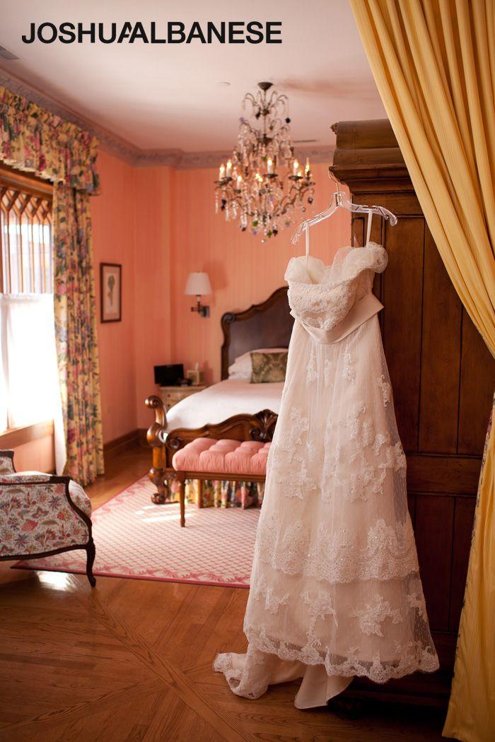Joshua Albanese Photography: wedding photos at Lynfred Winery