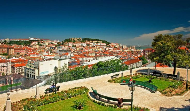 Start along downtown Lisbon for an introduction on important historical events and facts about the Portuguese way of life. Absorb the stunning views over the city from the best lookout points. Visit the Jerónimos Monastery, the ex-libris of the Manueline architecture in Portugal with Tourboks.