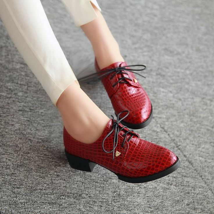2014 Spring  Pointed Toe Lacing Shoes Fashion Preppy Style Thick Heel Shoes Plus Size Oxfords For Women Shoes - http://www.freshinstyle.com/products/2014-spring-pointed-toe-lacing-shoes-fashion-preppy-style-thick-heel-shoes-plus-size-oxfords-for-women-shoes/