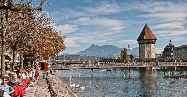 Trải nghiệm mùa thu khó quên – Thu Châu Âu   Saigon Travel #Lucerne #Switzerland #ThuySI #SaigonTravel #beautifulplace #DuLich #whereveryoulike #justgo www.saigon-travel.com