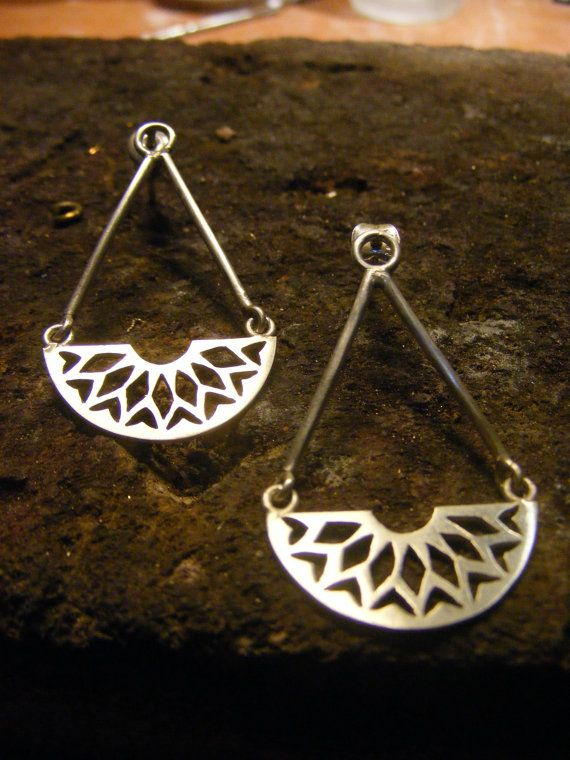 Silver Handmade Long Earrings por AfaJewelry en Etsy