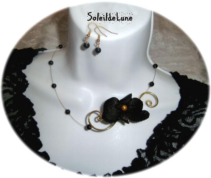 Collier Orchidée noire Perles fil doré +BO Mariage fête soirée cérémonie : Collier par soleildelune-bijoux-mariage