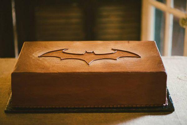 Batman groom's cake