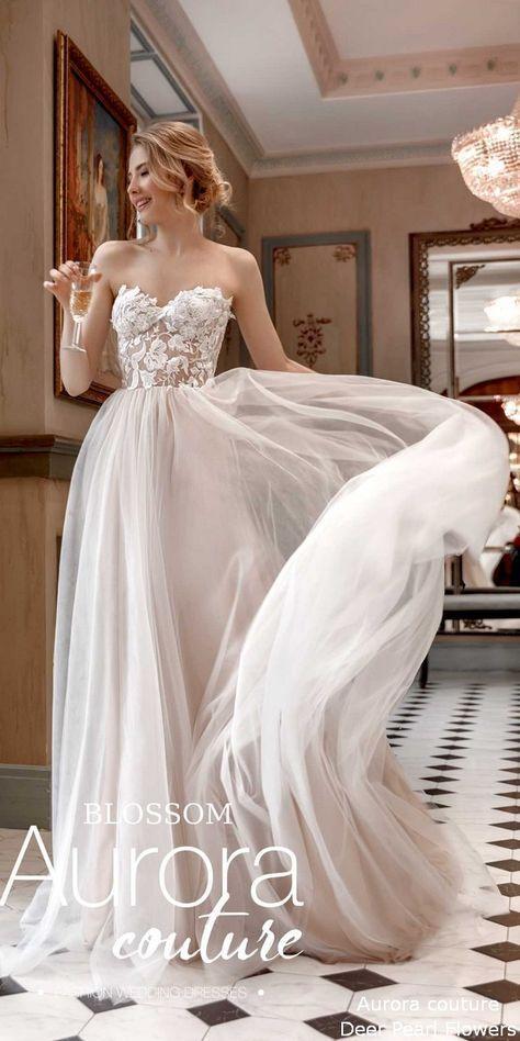 böhmisches Hochzeitskleid BLOSSOM